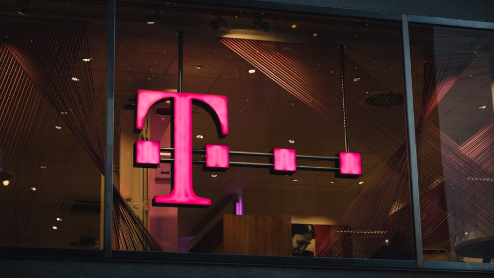 T-Mobile Essentials 55+ Cell Phone Plan